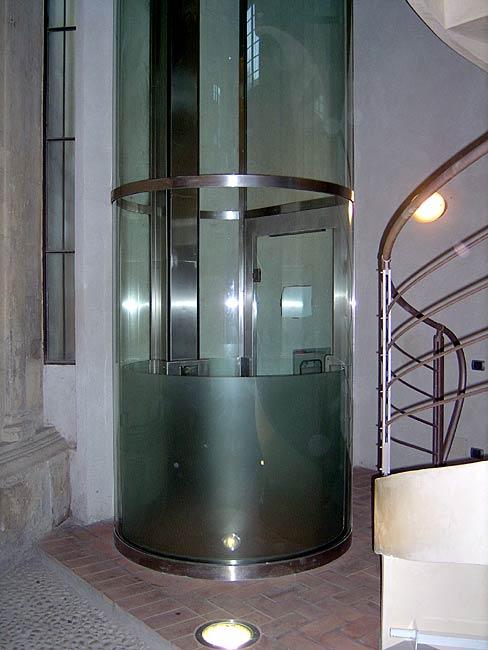 ascensore circolare Vescovado Verona
